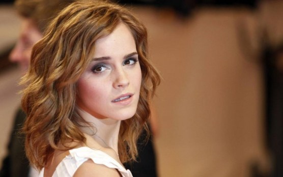 Emma Watson Looking Back Kiss
