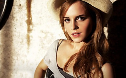 Incisive Emma Watson Wallpaper