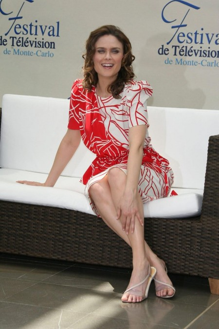 Emily Deschanel Feet Feet