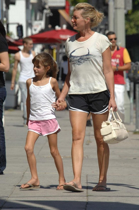 Faith Hill Tim Mcgraw Shopping With Their Girls And Tim Mcgraw