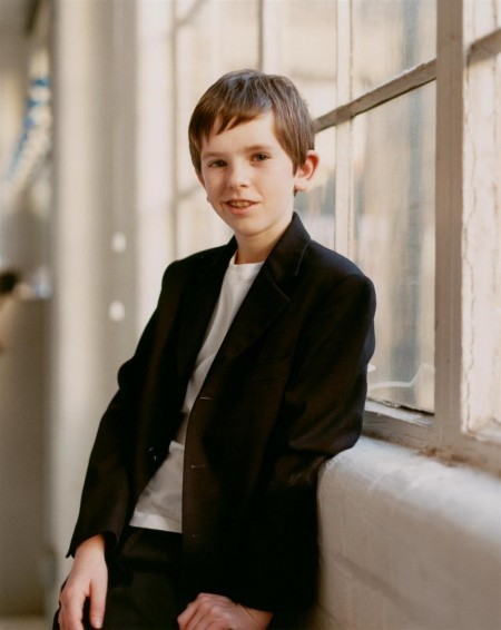 Full Freddie Highmore Young