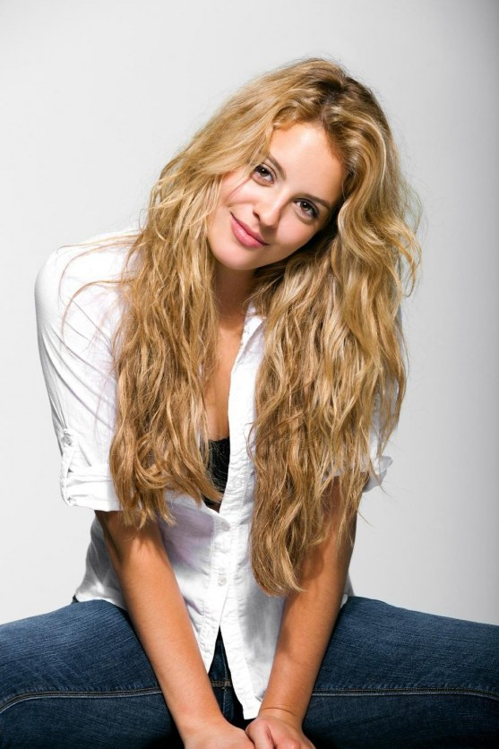 Gage Golightly Large Picture