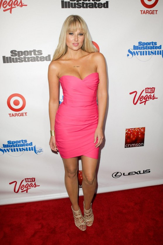 Genevieve Morton At Sports Illustrated Celebrates Si Swimsuit In New York