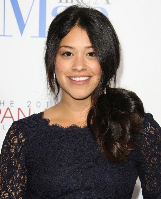 Gina Rodriguez Premiere Screen Gems Think Lgvqmiyplox