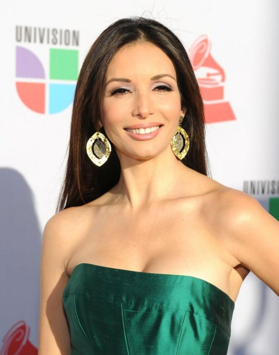 Giselle Blondet Th Annual Latin Grammy Awards Kj Cqbv Sj