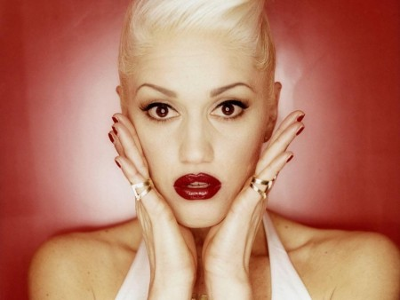 Gwen Stefani Just Girl Video