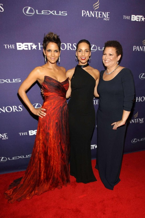 Halle Berry Bet Honors