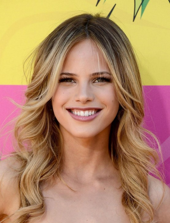 Halston Sage At Nickelodeons Th Annual Kids Choice Awards In Los Angeles