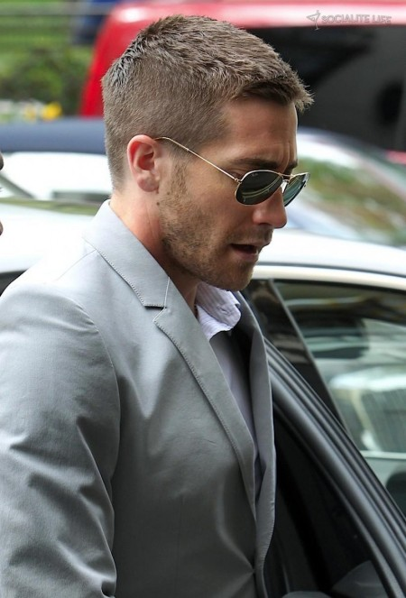Jake Gyllenhaal London Blue Suit Photos Prince Of Persia