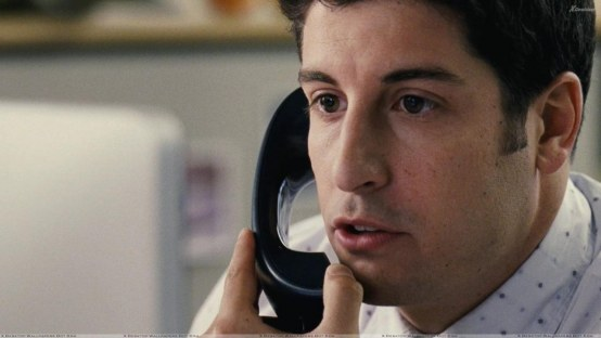 American Reunion Jason Biggs Talking On Phone Wallpaper Wallpaper