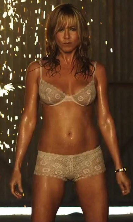Jennifer Aniston In Lingerie Were The Millers We Re The Millers