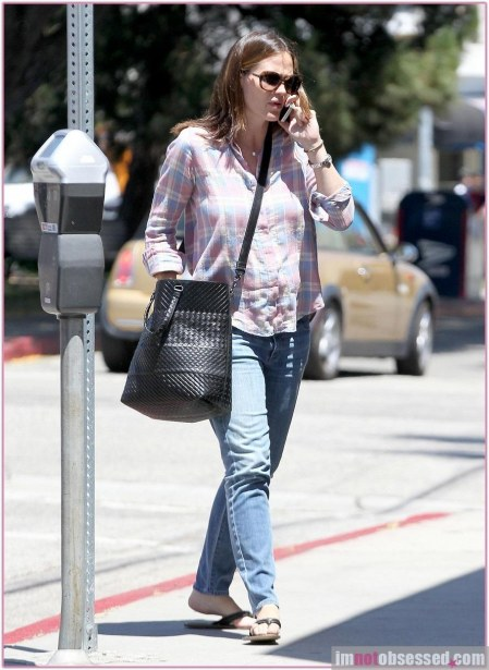 Jennifer Garner Shopping Fashion