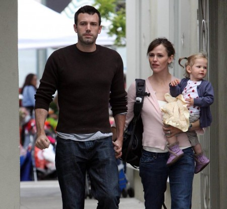 Jennifer Garner Violet Market And Ben Affleck