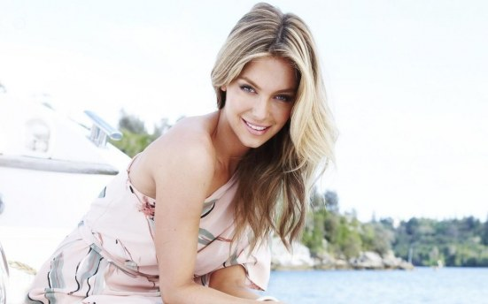 Jennifer Hawkins Australian Beauty Queen Hd Wallpaper For Desktop Style
