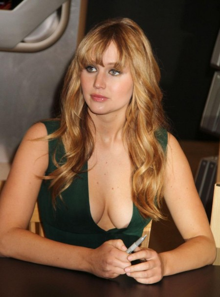 Jennifer Lawrence Hg Cast Signing Vettri Net The Hunger Games