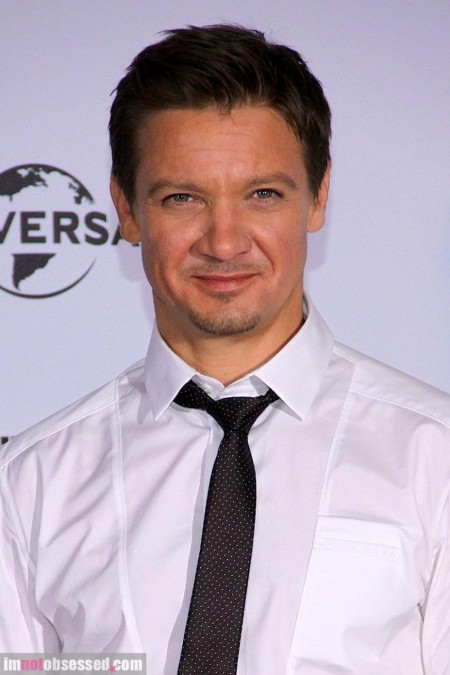 Jeremy Renner Attends The Bourne Legacys Photocall In Berlin