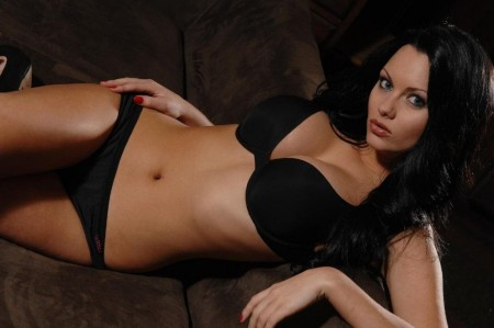 Jessica Jane Clement Jessica Jane Clement Wallpaper