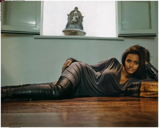 Jessica Lucas Winter Giant Magazine Feet