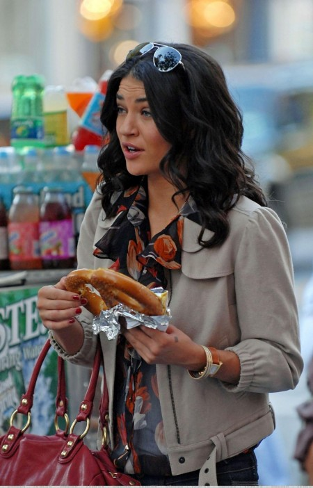 Jessica Out In Nyc Jessica Szohr