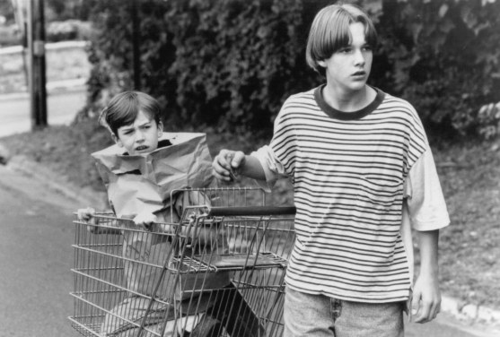 Picture Of Brad Renfro And Joseph Mazzello In The Cure Large Picture
