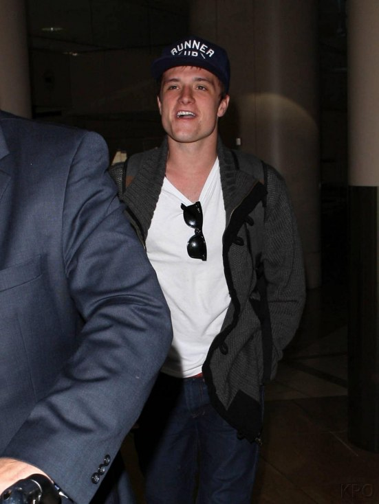 Josh Arrives At Lax Airport Nov Josh Hutcherson