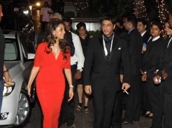 Fyaigbplgxsrh Shah Rukh Khan Arriving With Wife Gauri Khan At The Th Birthday Party Of Karan Johar At Hotel Taj Lands End In Mumbai Wife