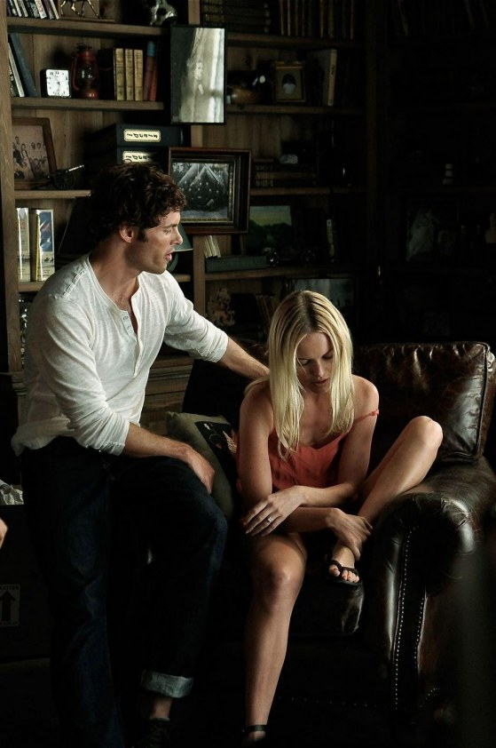 Kate Bosworth And James Marsden In Straw Dogs Movies