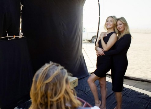 Almay Kate Hudson With Goldie Hawn Mothers Day Photoshoot And Goldie Hawn