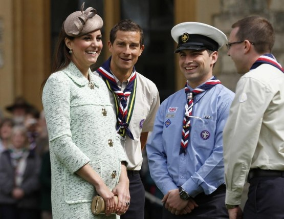 Kate Middleton Pregnant Belly Scouts Windsor Baby Bump