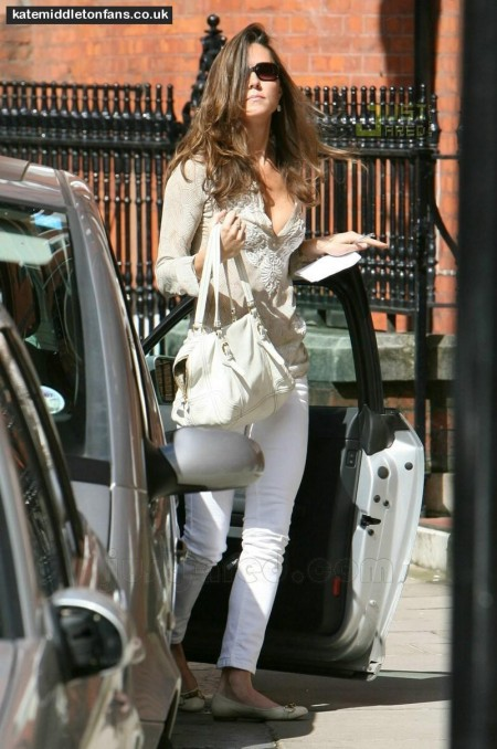 Kate Middleton White Jeans