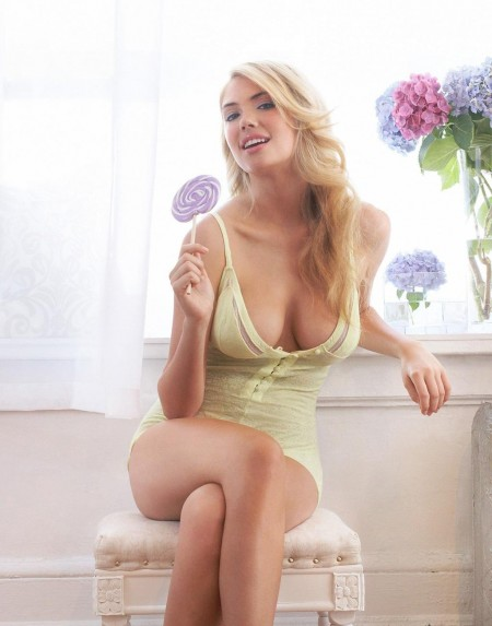 Carrzkiss Oct Kate Upton Model