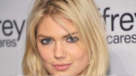 Kate Upton Cute Face Closeup Hd