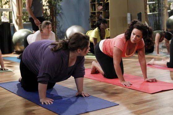 Picture Of Melissa Mccarthy And Katy Mixon In Mike Molly Large Picture Two And Half Men