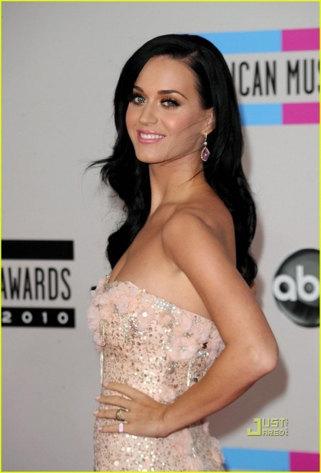 Katy Perry Amas Red Carpet Red Carpet