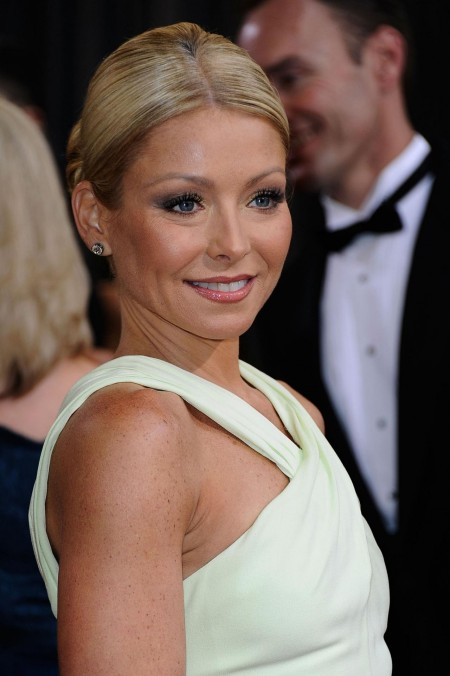 Kelly Ripa At Th Annual Academy Awards In Los Angeles