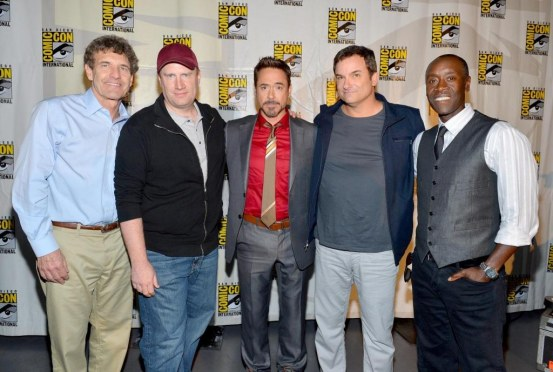 Don Cheadle Robert Downey Jr Shane Black Kevin Feige And Alan Horn At Event Of Iron Man Omul De Otel