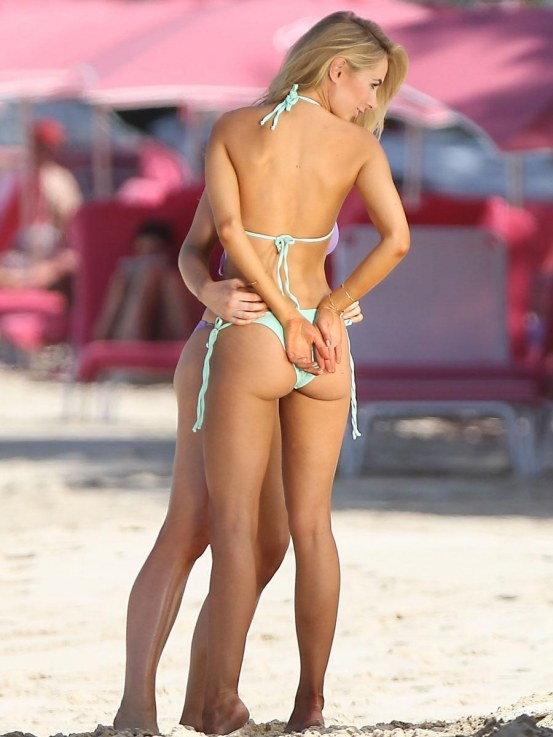 Kimberley Garner Bikini Photoshoot In Barbados