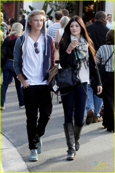 Cody Simpson Kylie Jenner Meet Up At The Grove Cody Simpson