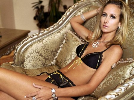 Lady Victoria Hervey Charming Hot