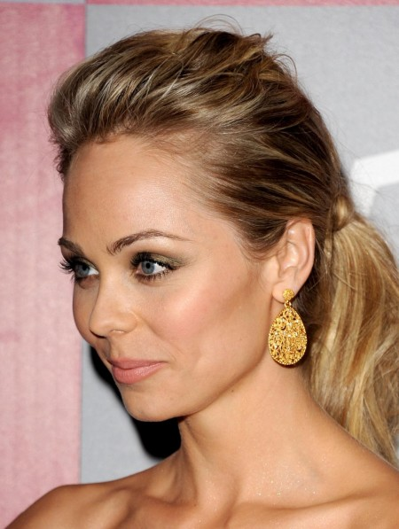 Laura Instyle Wb Golden Globes Party In Beverly Hills Laura Vandervoort