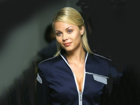 Laura Vandervoort Wallpaper Hd