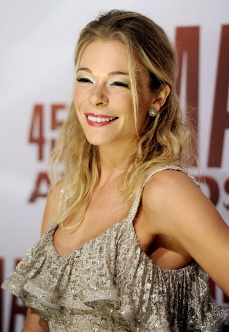 Leann Rimes At Th Annual Cma Awards In Nashville