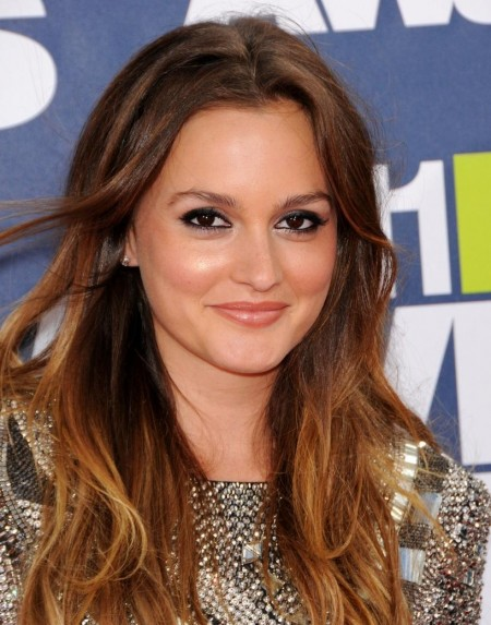 Leighton Meester Hot Short Dress On Mtv Movie Awards