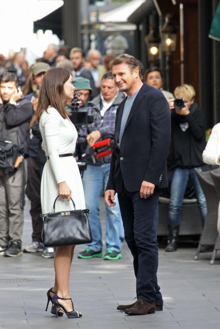 Liam Neeson Olivia Wilde Film Set Sons