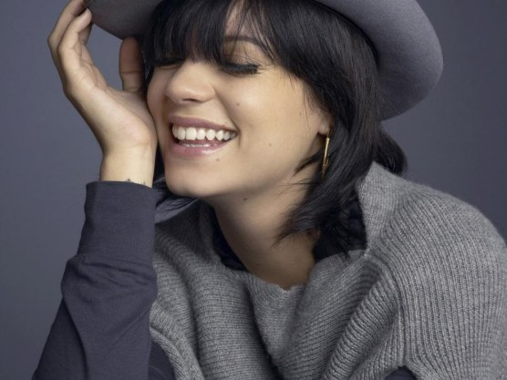 Lily Allen Wallpaper Normal Wallpaper