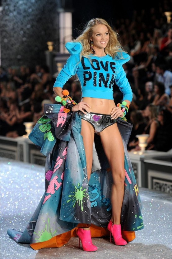 Uploadedbykurupt Lindsay Ellingson Victoria Secret Fashion Show Beach