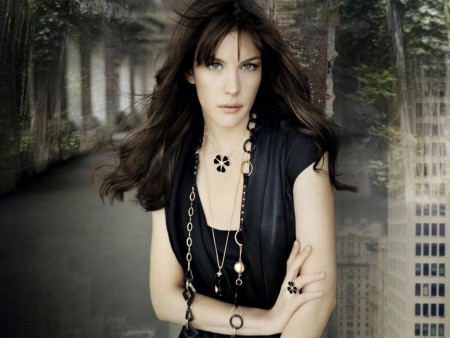 Liv Tyler Look Desktop Wallpaper
