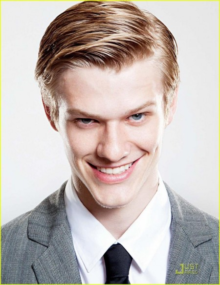 Lucas Till August Man Men