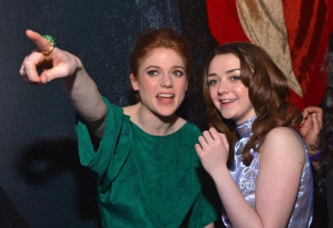 Rose Leslie And Maisie Williams In Urzeala Tronurilor Large Picture And Sophie Turner