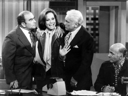 Mary Richards The Mary Tyler Moore Show Wallpaper
